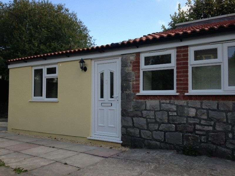 1 Bedroom Detached Bungalow for sale in A SELF CONTAINED DETACHED BUNGALOW