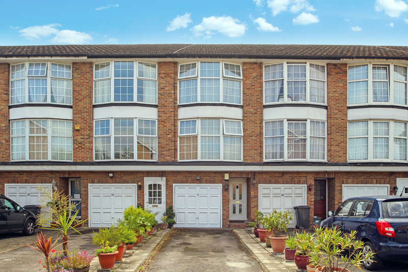 3 Bedrooms Terraced House for sale in St James Close, New Malden