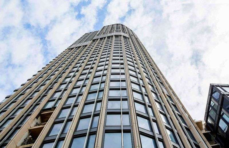 1 Bedroom Flat for sale in South Bank Tower, Upper Ground, South Bank SE1