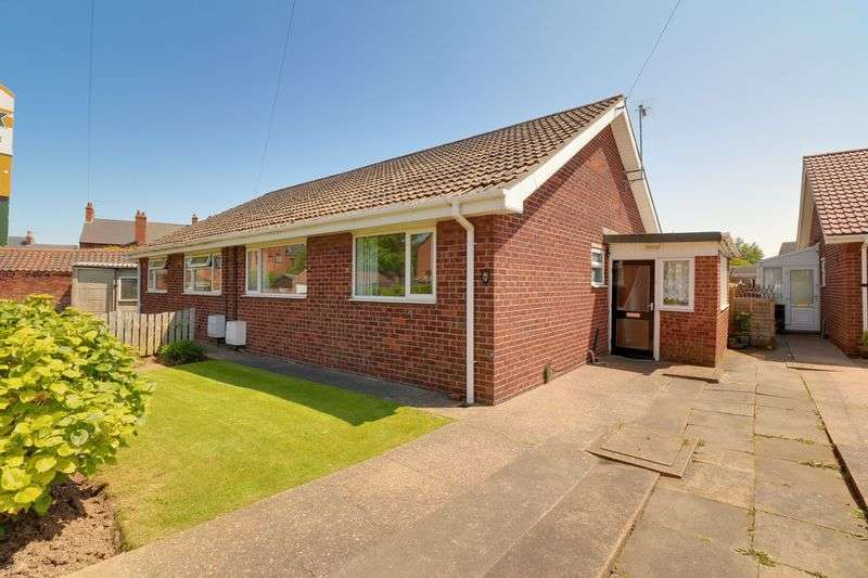 2 Bedrooms Semi Detached Bungalow for sale in 18 Westburn Avenue, New Holland