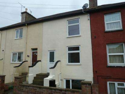 4 Bedrooms Town House for sale in Harwich, Essex