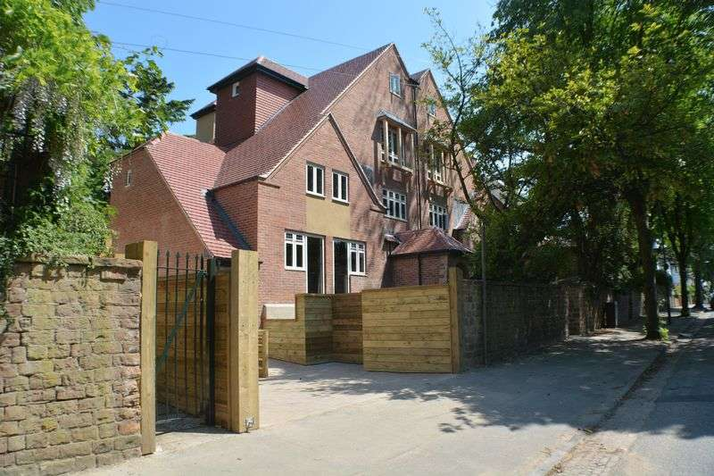 4 Bedrooms House for sale in Harrington Drive, Nottingham