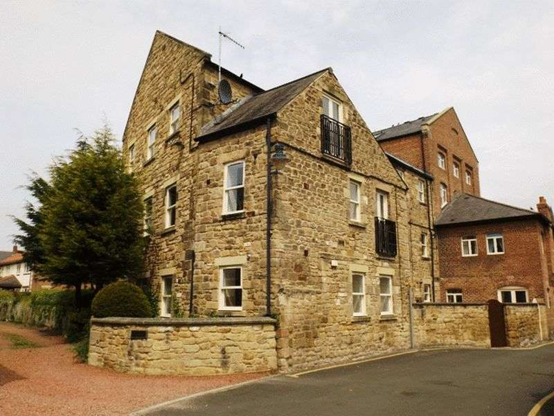 2 Bedrooms Flat for sale in Olivers Mill, Morpeth - Two Bedroom Ground Floor Flat