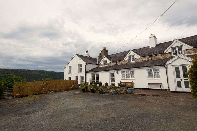 6 Bedrooms House for sale in Garth Road, Garth, Llangollen