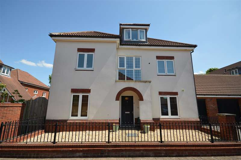 4 Bedrooms Detached House for sale in Acer Village, Whitchurch, Bristol