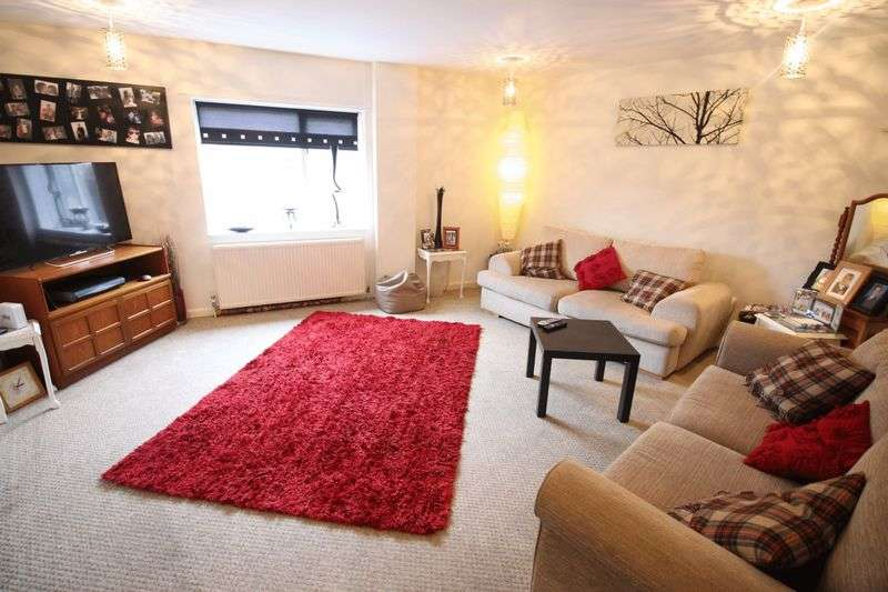 3 Bedrooms Flat for sale in Belvedere Place, Scarborough