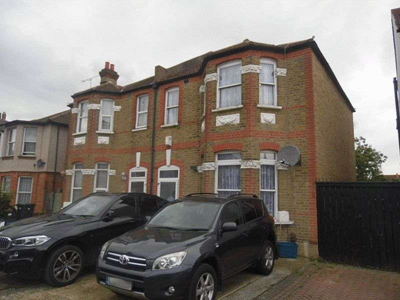 4 Bedrooms Semi Detached House for sale in Warwick Road, THORNTON HEATH