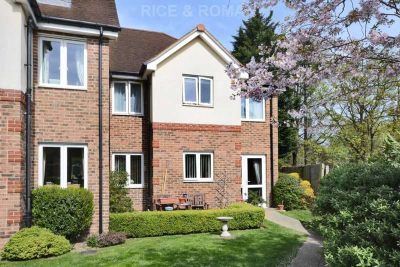 1 Bedroom Retirement Property for sale in Matthews Lodge, Addlestone