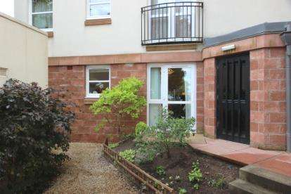 1 Bedroom Retirement Property for sale in Cumbrae Court, Nelson Street
