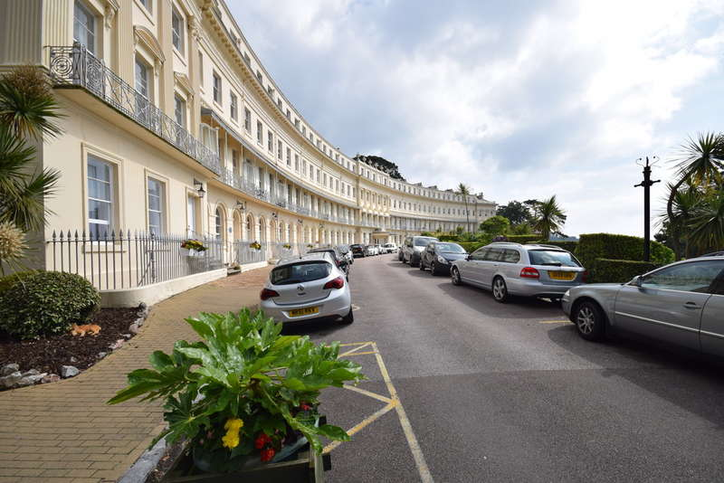 1 Bedroom Flat for sale in Hesketh Crescent, Torquay, Meadfoot
