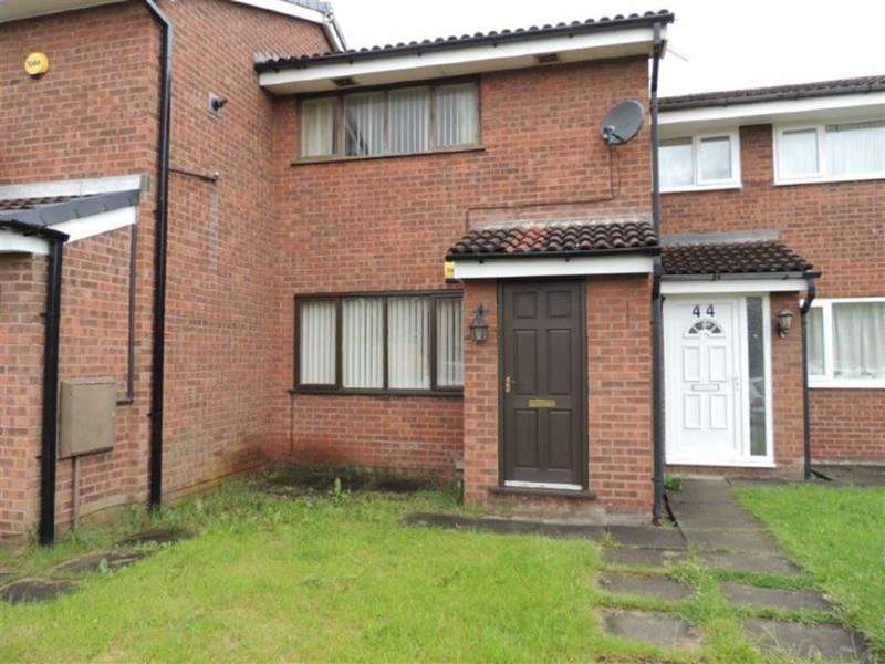 2 Bedrooms Property for sale in Kimbolton Close, Gorton, Manchester
