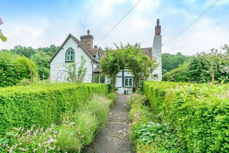 3 Bedrooms Detached House for sale in Farley, Much Wenlock