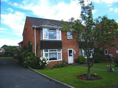1 Bedroom Retirement Property for sale in Long Causeway, Exmouth, Devon