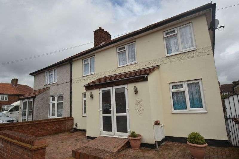 5 Bedrooms House for sale in Dagenham