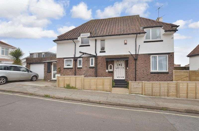 4 Bedrooms Detached House for sale in Orient Road, Preston, Paignton