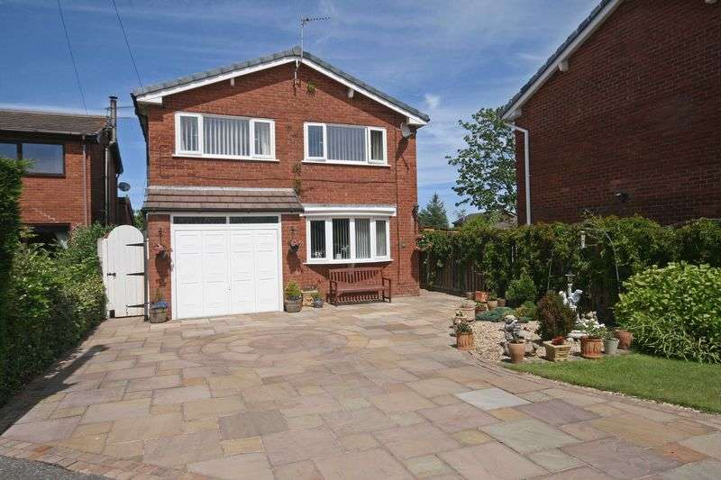 5 Bedrooms Detached House for sale in Farnham Way, Carleton
