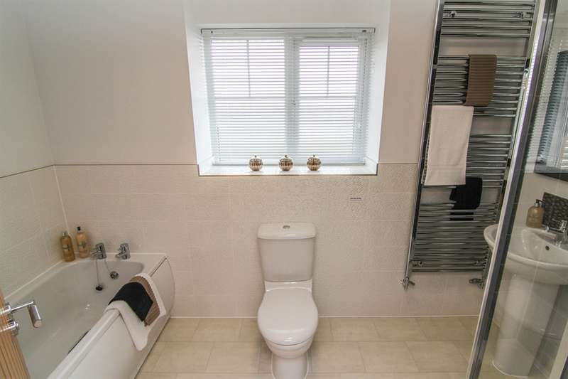 3 Bedrooms Semi Detached House for sale in Valley View, Cefn Hengoed, Hengoed