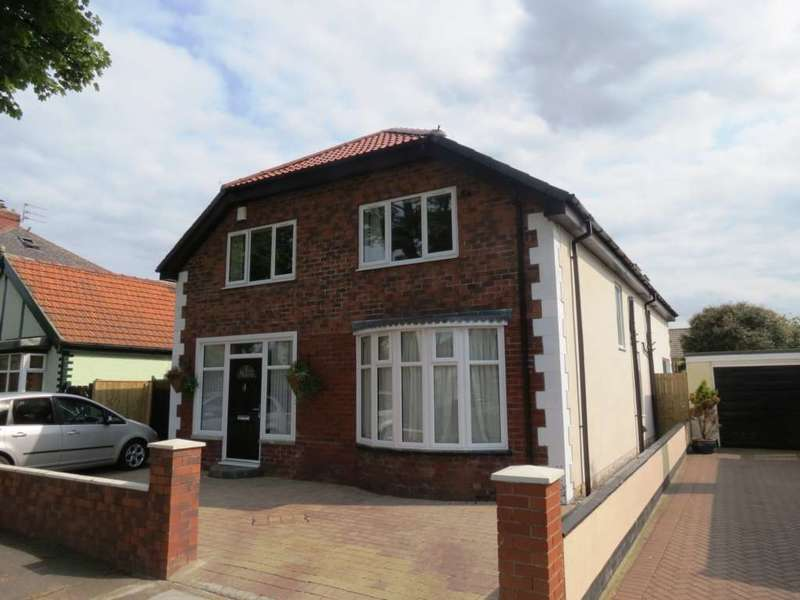 4 Bedrooms Detached House for sale in St Margarets Grove, Redcar