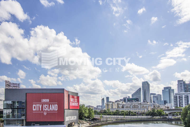 2 Bedrooms Flat for sale in Faraday Building (Penthouse), City Island, Canning Town