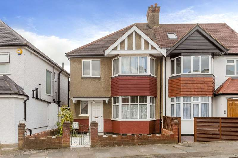 3 Bedrooms House for sale in Gainsborough Gardens, NW11