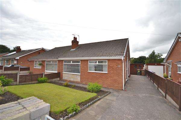 2 Bedrooms Bungalow for sale in Yeadon Grove, Chorley, Chorley