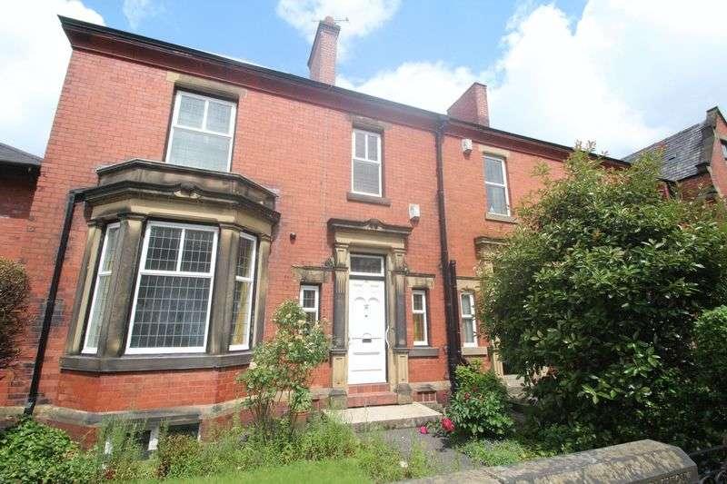 4 Bedrooms Terraced House for sale in Bury Road, Rochdale OL11 4EB