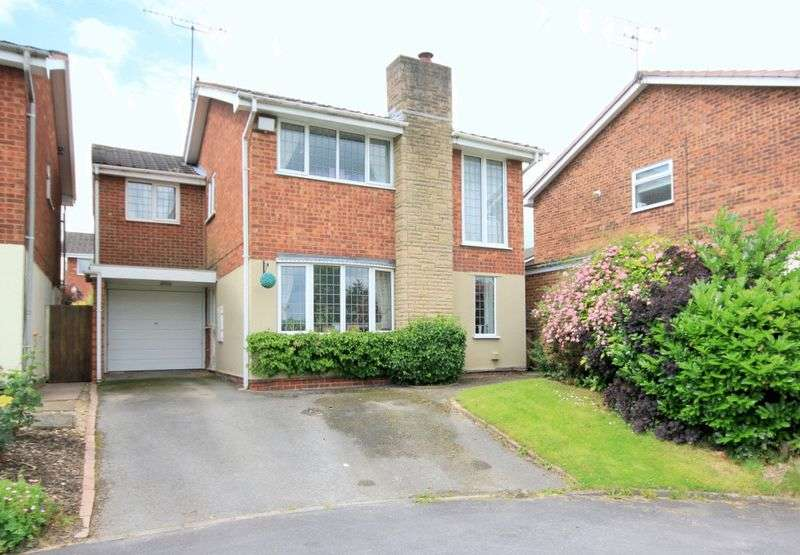 4 Bedrooms Detached House for sale in Avon Grove, Stone