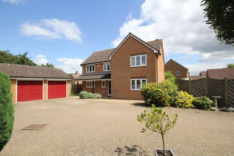 4 Bedrooms Detached House for sale in NEARLY 2000 SQ FT IN he Copse, Fields End