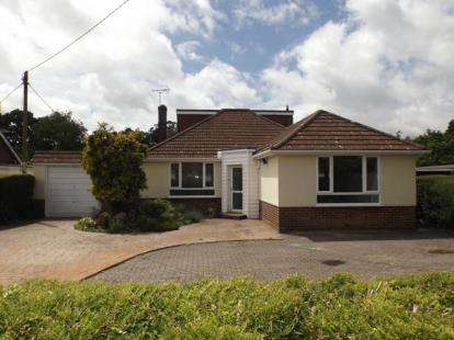 4 Bedrooms Bungalow for sale in Dibden Purlieu, Southampton, Hampshire