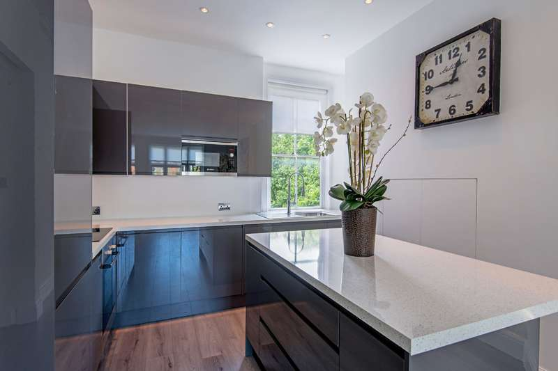 2 Bedrooms Flat for sale in Randolph Avenue, Little Venice
