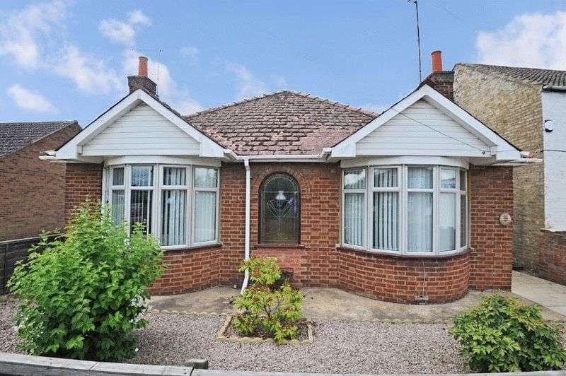 3 Bedrooms Detached Bungalow for sale in Herne Road, Huntingdon,Cambridgeshire PE26