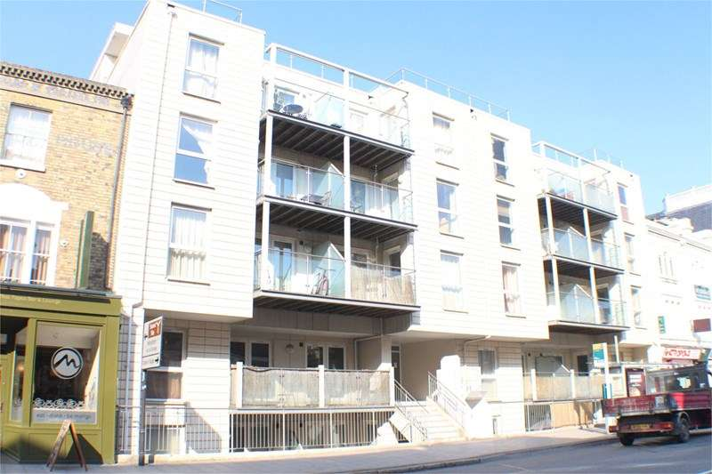 2 Bedrooms Flat for sale in 6-9 Canute Road Ocean Village
