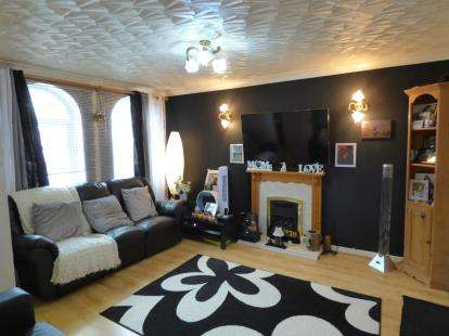 3 Bedrooms Semi Detached House for sale in Harling Road, Preston, Lancashire