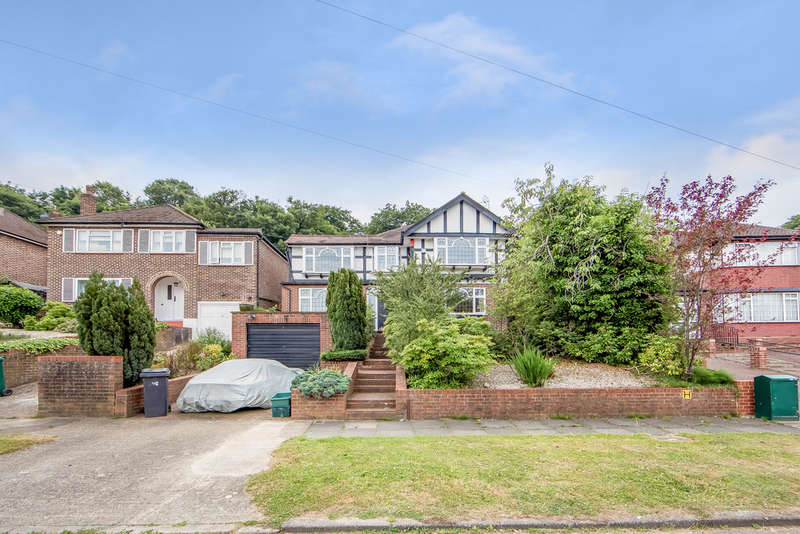 5 Bedrooms Detached House for sale in Ullswater Crescent, Kingston Vale, London, SW15