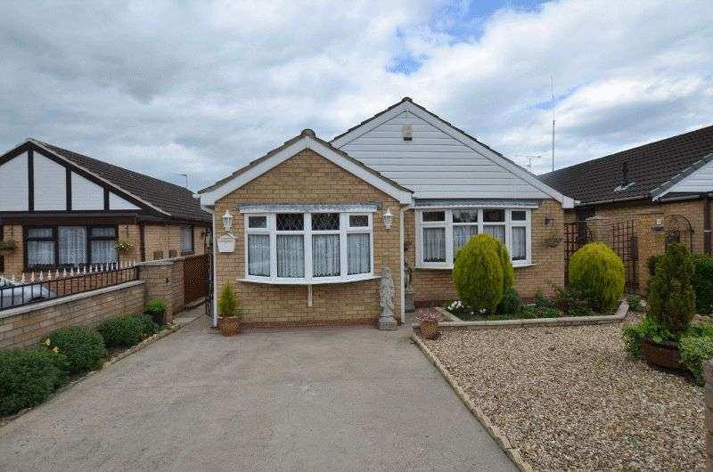 4 Bedrooms Detached Bungalow for sale in Charles Lovell Way, Scunthorpe