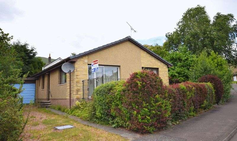 3 Bedrooms Detached Bungalow for sale in The Ness, Dollar