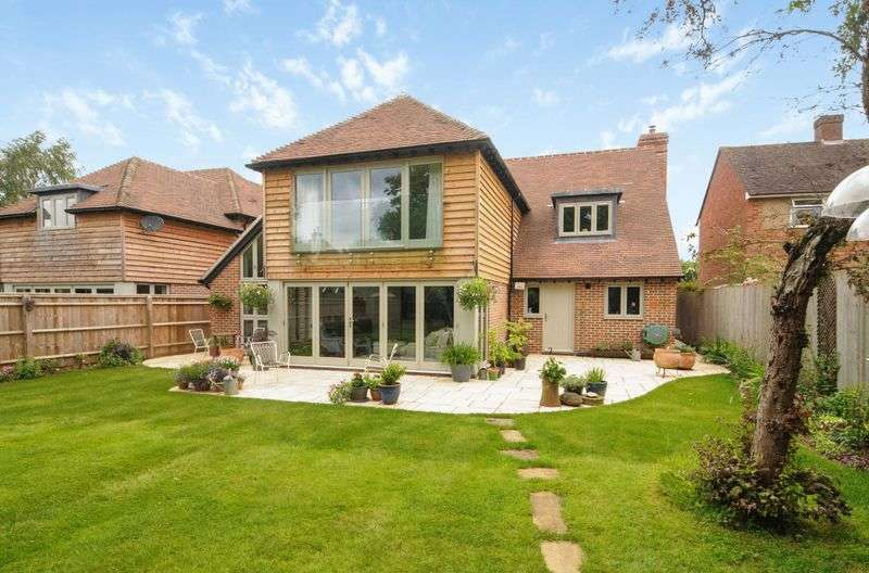 4 Bedrooms Detached House for sale in Northcourt Lane, Abingdon