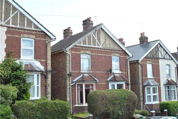 3 Bedrooms Semi Detached House for sale in Cambrian Road, TN4 9HH