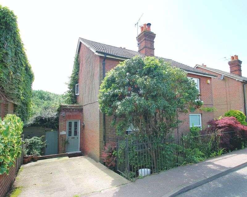 3 Bedrooms Semi Detached House for sale in Matfield, Tonbridge