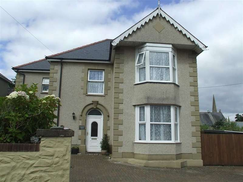 4 Bedrooms Property for sale in Trinity Lane, Penclawdd