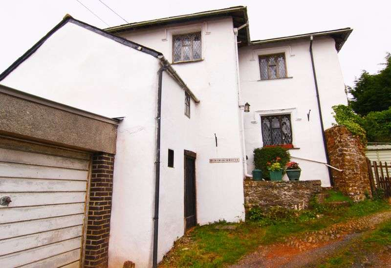 4 Bedrooms Detached House for sale in Market Street, Hatherleigh