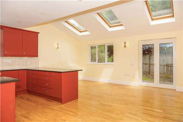 4 Bedrooms Detached House for sale in Brook Road, Warmley, BRISTOL, BS15 4JR