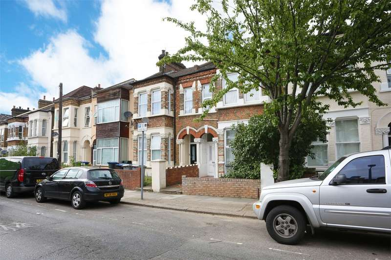 5 Bedrooms Detached House for sale in Tubbs Road, Harlesden