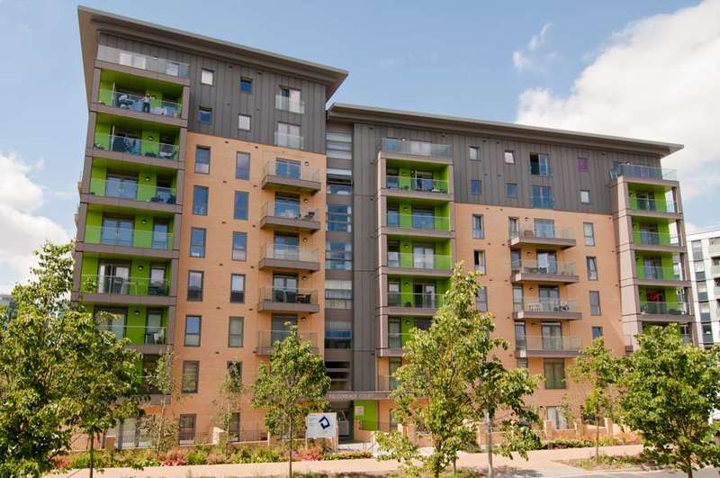 1 Bedroom Apartment Flat for sale in Falcondale Court, Lakeside Drive