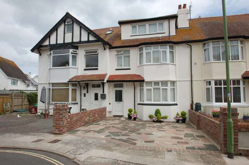 8 Bedrooms Terraced House for sale in Warefield Road, Paignton