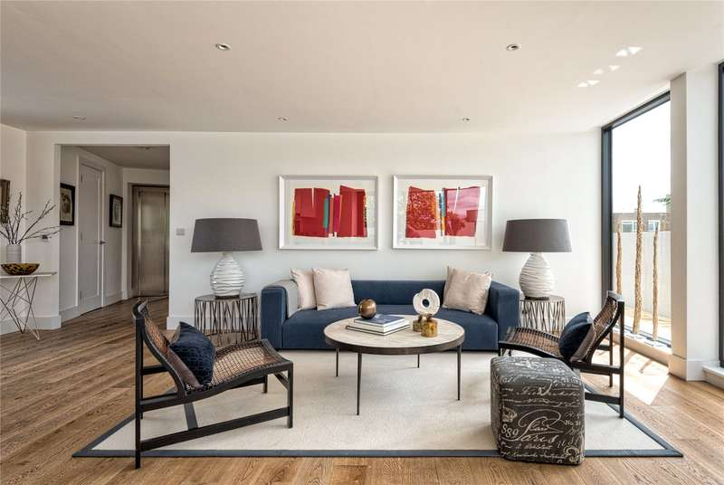 2 Bedrooms Flat for sale in Peloton Place, Upper Richmond Road, Putney, London, SW15