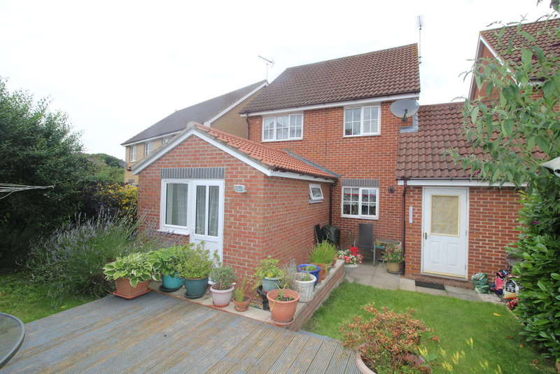 3 Bedrooms Detached House for sale in Baird Close,Yaxley, Peterborough, PE7 3GB