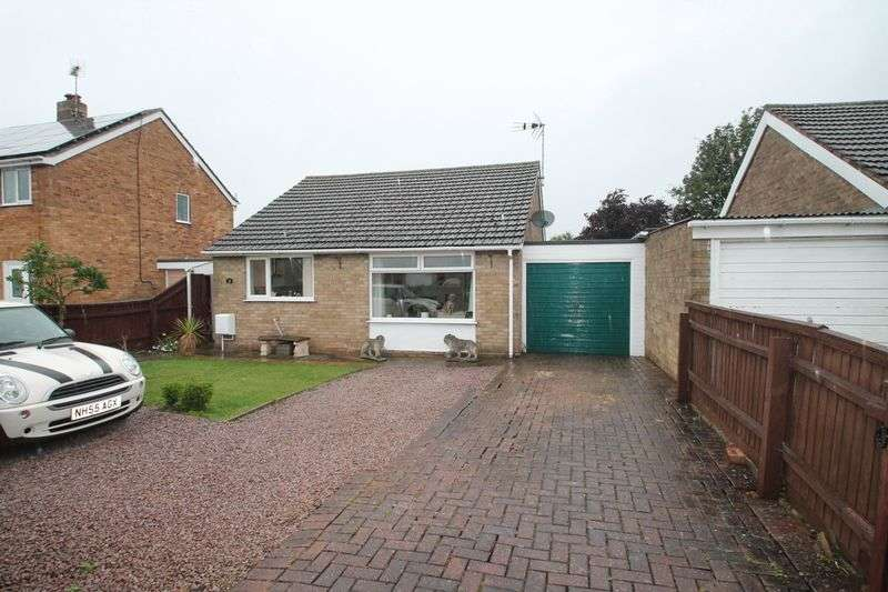 2 Bedrooms Semi Detached Bungalow for sale in Pilgrims Way, Spalding