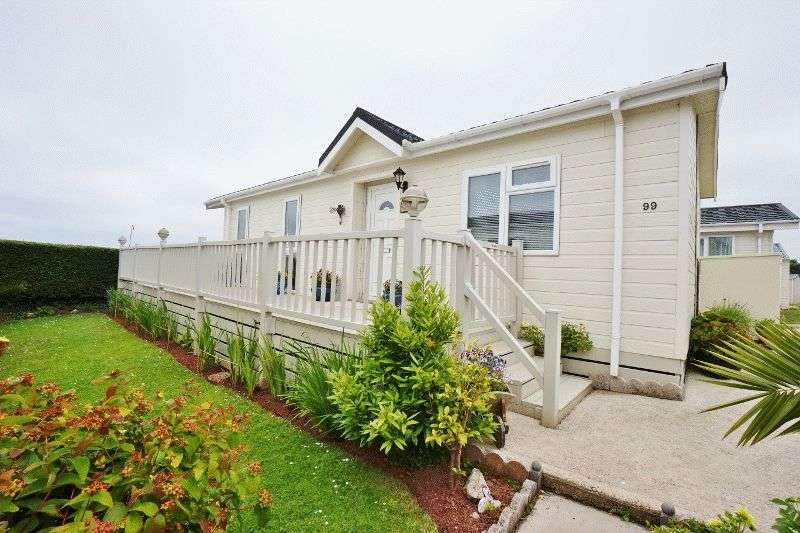 2 Bedrooms Bungalow for sale in PAIGNTON - Ref: AB18