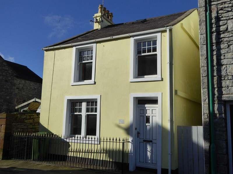 3 Bedrooms Detached House for sale in Hope Street, Castletown, IM9 1AP